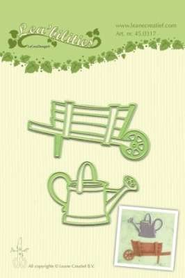 Lea'bilitie Barrow & watering can snij en embossing