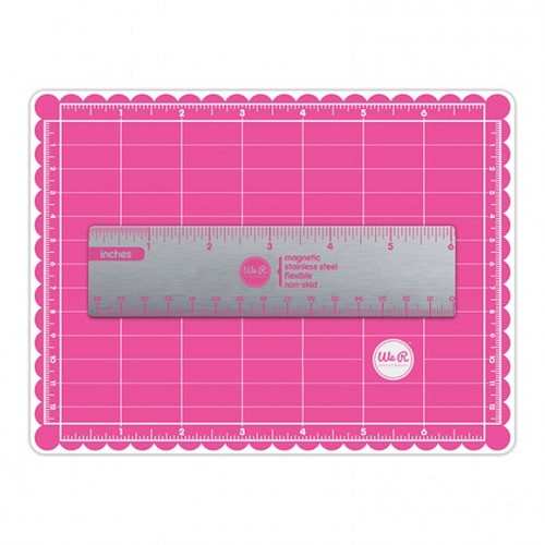 We R Memory Keepers crafters mini magnetic mat & ruler